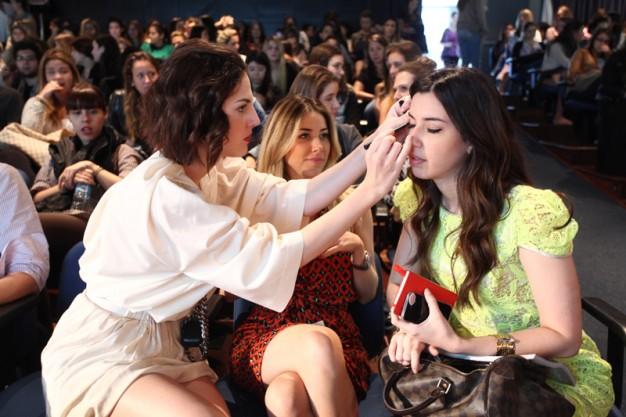 015_ FAAP _ Victoria Ceridono,           Mica Rocha e Camila Coutinho