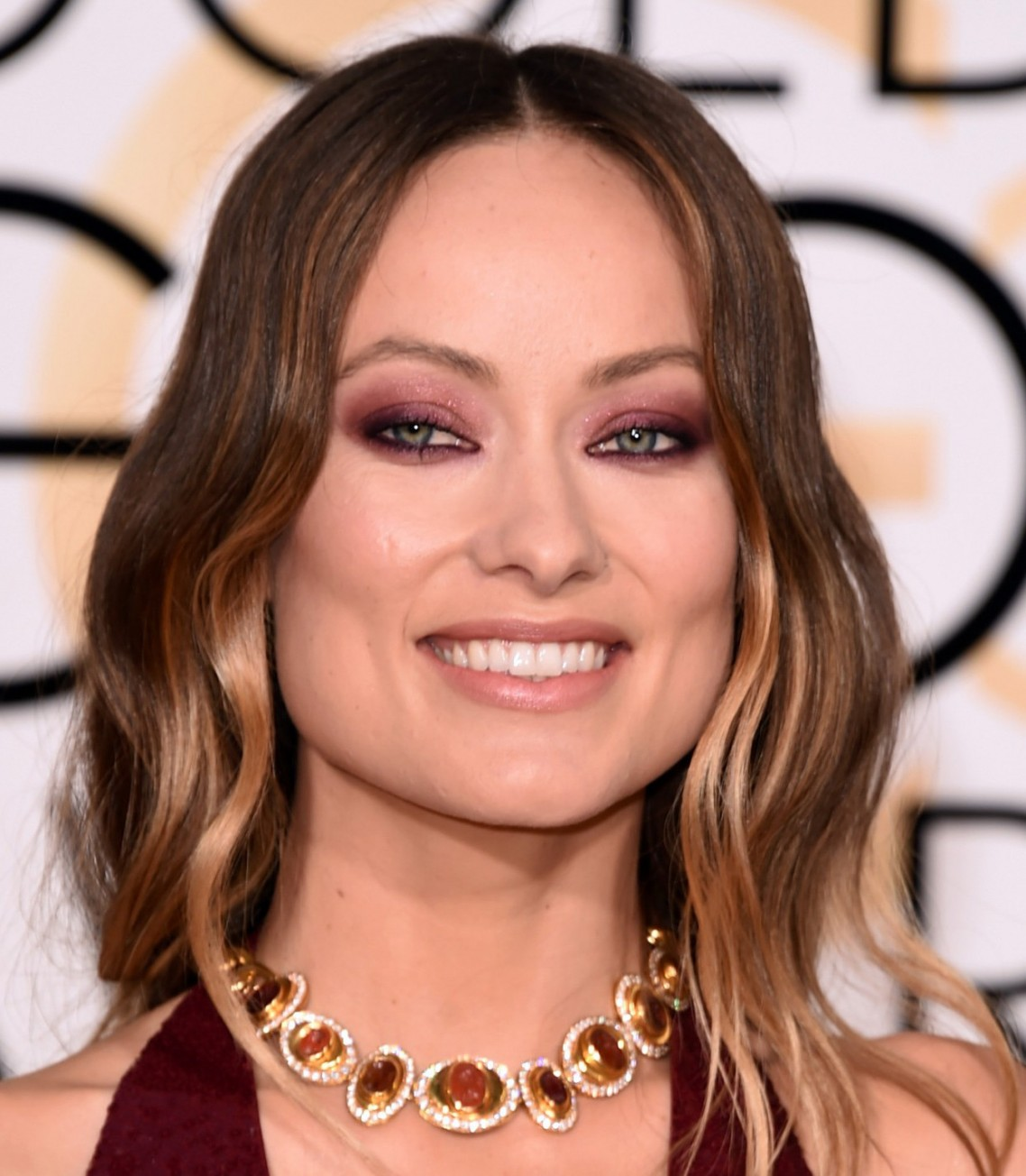 Make vinho Olivia Wilde Golden Globes 2016