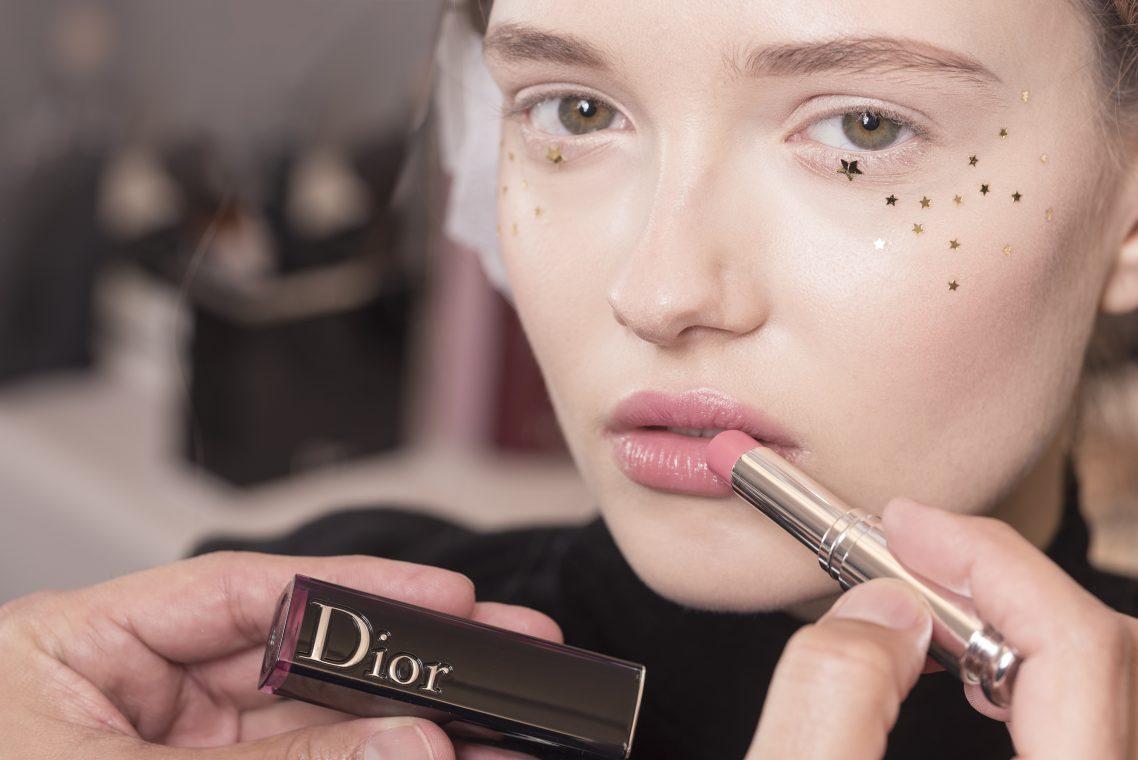 beleza do desfile de alta costura primavera-verão 2017 da Dior
