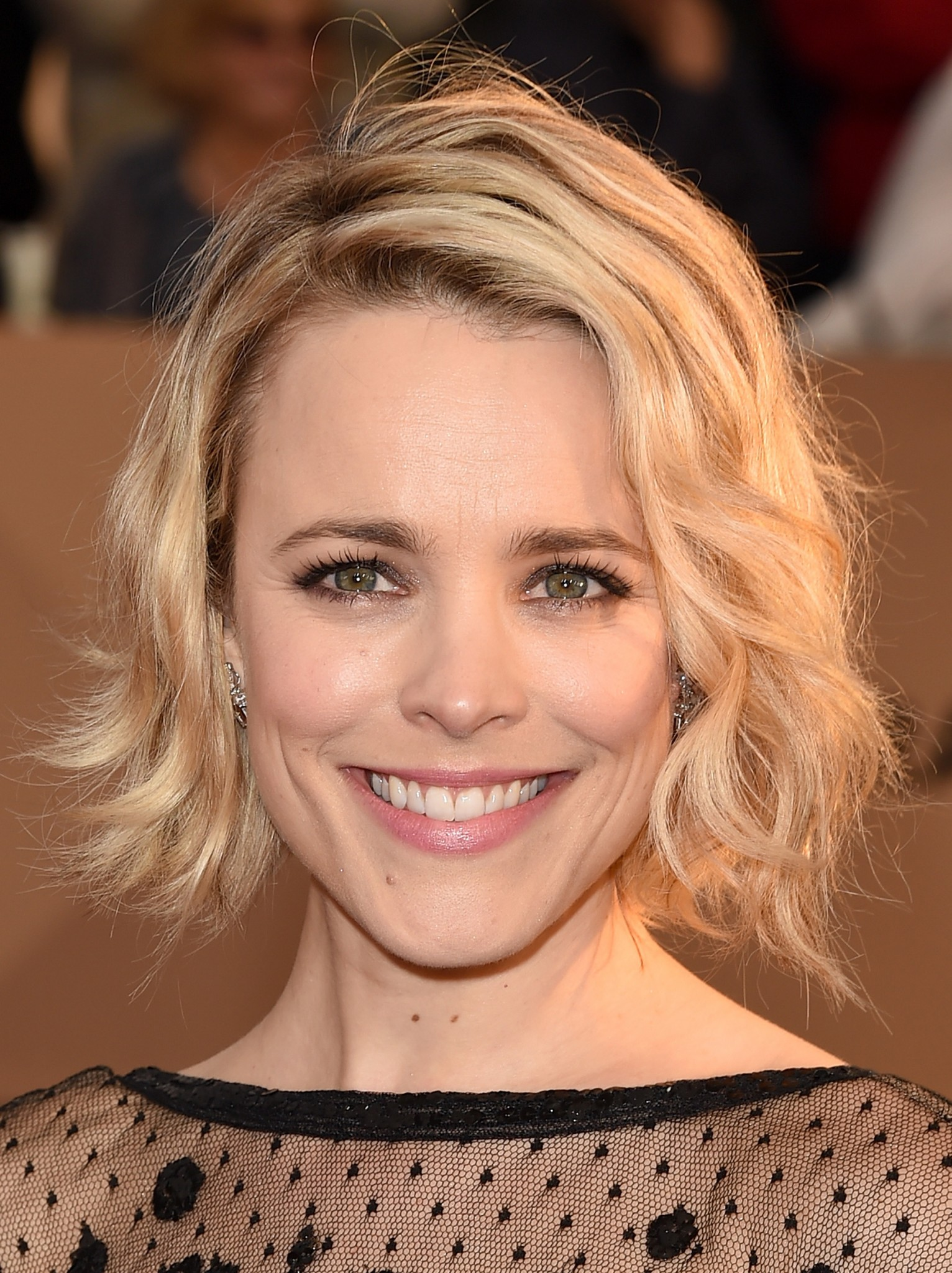 Messy hairstyle Rachel McAdams SAG Awards