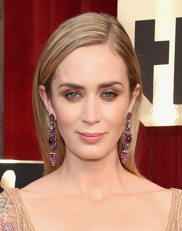 sag awards - emily blunt