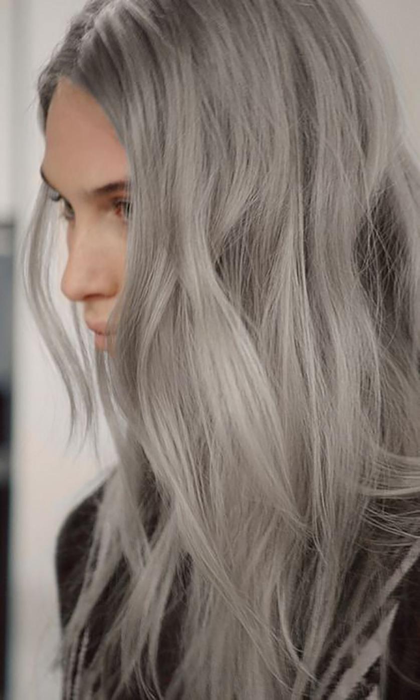 Para quem está em busca de inspiração para cabelos grisalhos.... Amei esse! Queria ter coragem